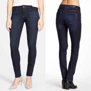 Wit & Wisdom Mid Rise Jegging Jeans